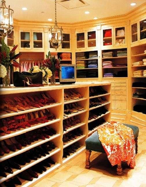 248 Best Celebrity Closets images | Celebrity closets ...